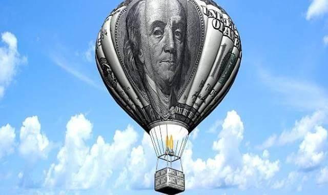美元或正在面临新溃败,中国向俄运10笔现钞,1.55亿元,事情有进展..